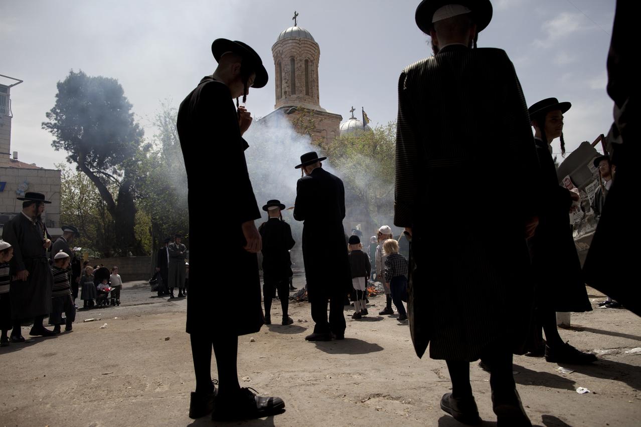 Mideast Israel Palestinians Passover